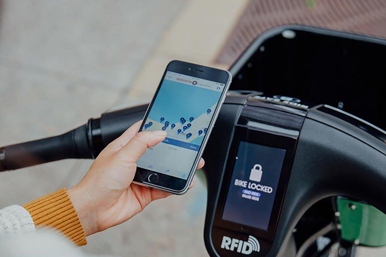 trek-bcycle-app-bike